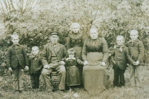 Eduard Pattyn, Marie Louise Logghe & Family